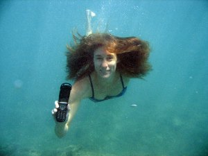 Facebook Status Updates and Tweets from Underwater?